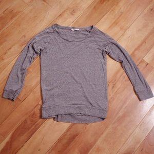 ♻️3/$30 TNA Aritzia Grey Long Sleeve Shirt XS